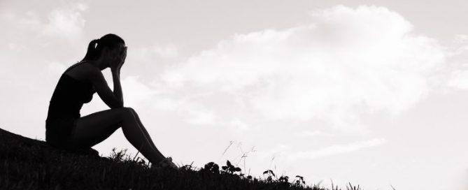 8 sintomas da depressão que ficam ocultos