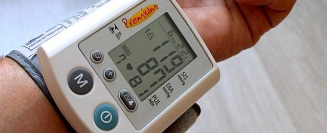 1 em cada 3 adultos sofrem de pressão alta