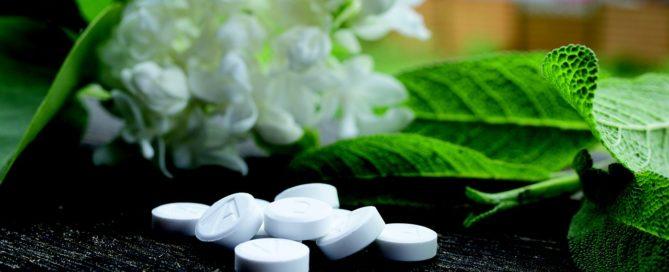 Homeopatia age como um todo, também na criança