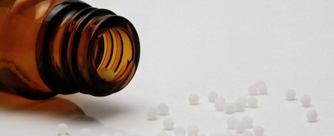 A homeopatia tem como princípio ajudar o indivíduo na manutenção do bem-estar