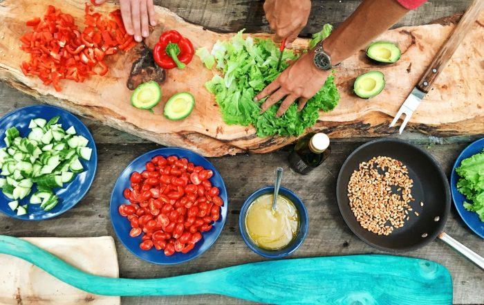 Além da alimentação saudável, a prática de atividade física ajuda a melhorar a capacidade do organismo