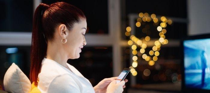 O uso exagerado de aplicativos de mensagem pode interferir na qualidade do sono e provocar ansiedade