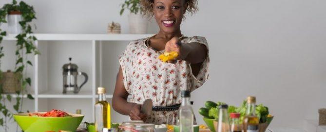 Uma alimentação balanceada fornece energia para o organismo trabalhar adequadamente durante o dia