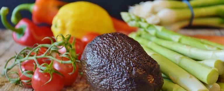 Uma alimentação saudável é aquela com grande variedade de frutas, verduras e legumes