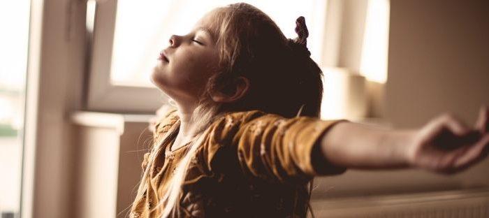 Exercícios de respiração têm efeitos benefícios à psique e comportamento da criança com TDAH